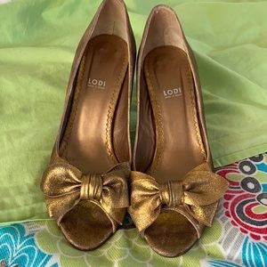 LODI genuine leather golden Heels with Bows